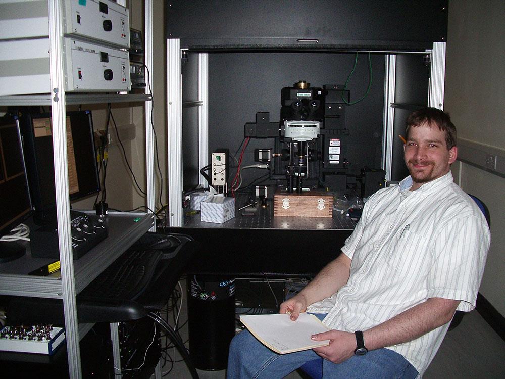 two-photon-microscopy-Andy-Prarie-Technologies-1000x750