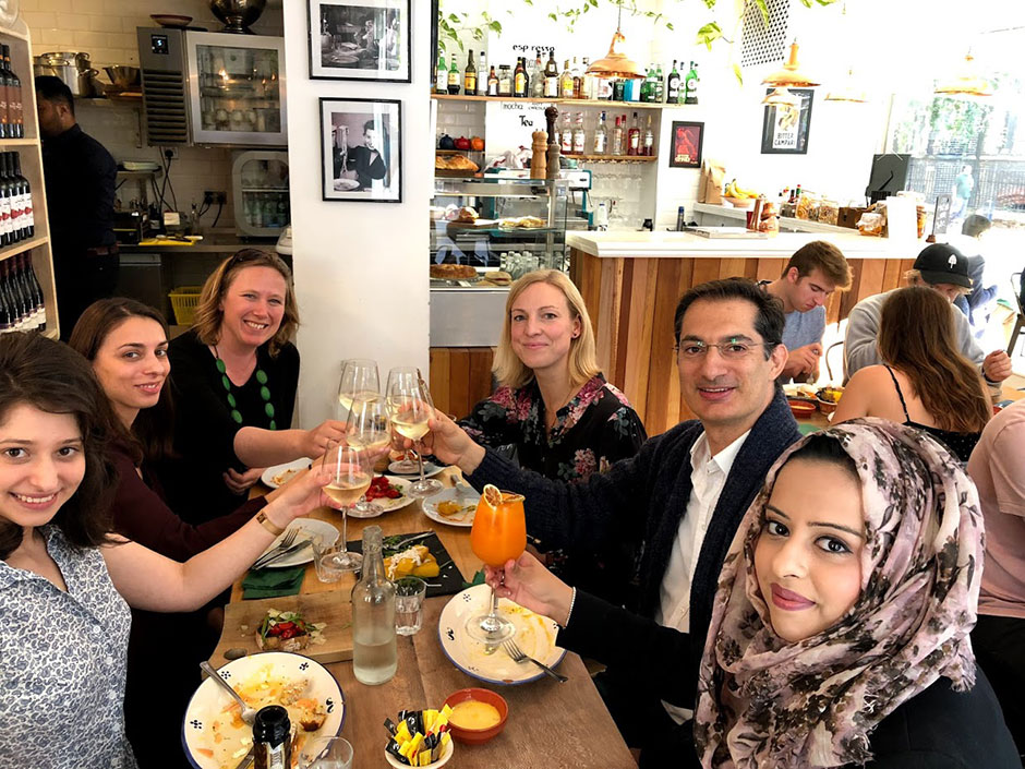 Synaptic Plasticity and Repair Group (Vincenzo De Paola) – Lunch at Casa Mia, London, for Raquel Real, 05 October 2018